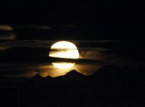 Luna che sorge
